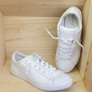 Converse All White Leather Lowtop Shoes